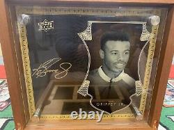 2016 upper deck all-time greats master collection Ken Griffey Jr. /15 Signed Box