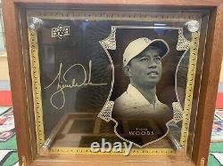 2016 upper deck all-time greats master collection Tiger Woods /7 Signed Box