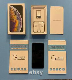 Apple iPhone XS 256GB Silver (Unlocked) with all accessories In original box