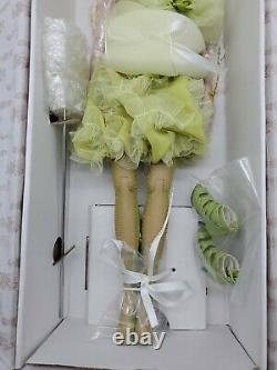 Robert Tonner Ellowyne SWEETLY SULLEN Dressed Doll all Original with Box