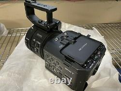 Sony NEX-FS700UK Camcorder BARELY USED ALL ORIGINAL ACCESSORIES IN BOX